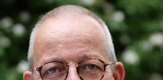 Dr. Stefan Löhrke.