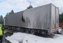 Ladungsbrand Auflieger (Foto: Polizei RLP)