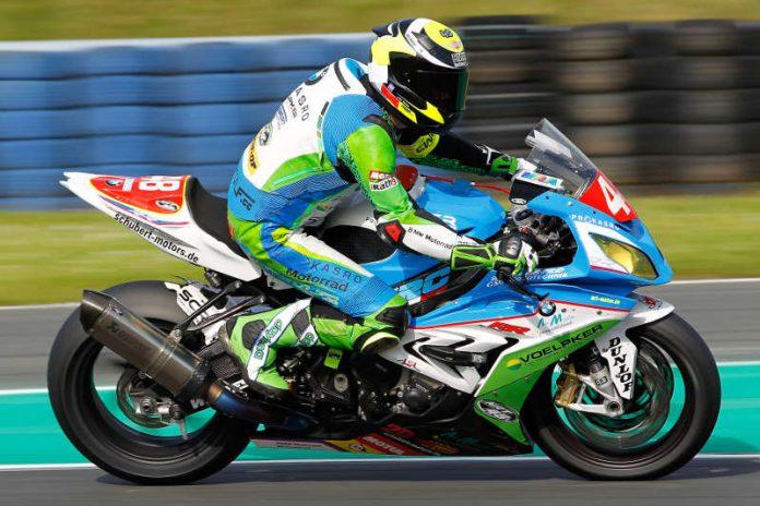 Jan Bühn (Kronau/BMW) gewann auf dem Slovakia-Ring das 8-Stunden-Rennen in der Stocksport-Klasse (Foto: Hermann Rüger)