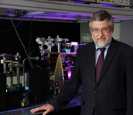 Professor Dr. Burkard Hillebrands