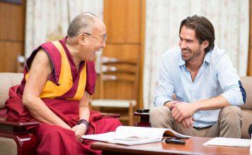 York Hovest und der Dalai Lama (Foto: York Hovest / yorkhovest.com)