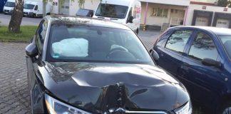 Beschädigtes Auto des 19 Jährigen