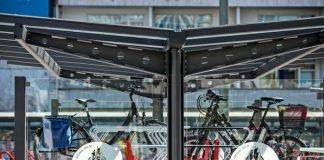 Doppelstöckige Fahrradabstellanlage an der Konstablerwache (Foto: Heike Lyding)