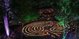 as Lichtspuren-Labyrinth ist eine interaktive Installation bei der Sternenzeit. (Foto: Theater Anu)
