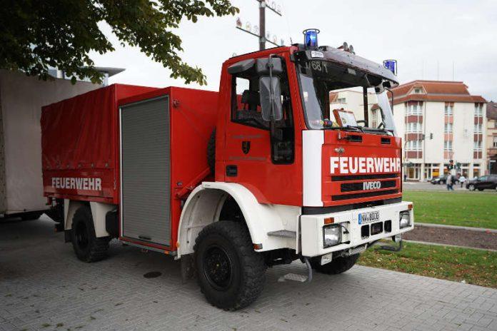 Feuerwehrfahrzeug in Neustadt an der Weinstraße (Foto: Holger Knecht)