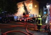 Vier Personen wurden gerettet. Es entstand ein Schaden von 150.000 Euro (Foto: Feuerwehr Frankfurt)