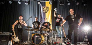 Fine R.I.P.: v.l.: Philipp, Christoph, Alex, Monji & Harry (Bandfoto: André Poschadel | 10mal15.de)