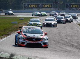 Hari Proczyk sorgte für den ersten Sieg von Opel in der ADAC TCR Germany (Foto: Gruppe C Photography)