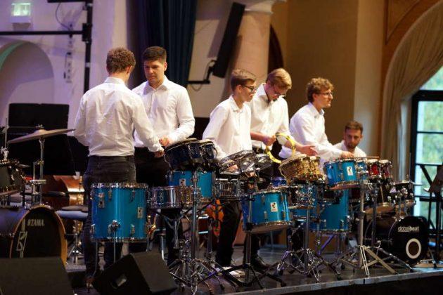 Percussion-Ensemble (Foto: Holger Knecht)