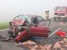 Warum die Fahrerin auf die Gegenspur geriet und mit dem LKW kollidierte ist unklar