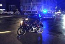 Unfall zwischen PKW und Leichtkraftrad (Foto: Polizei RLP)