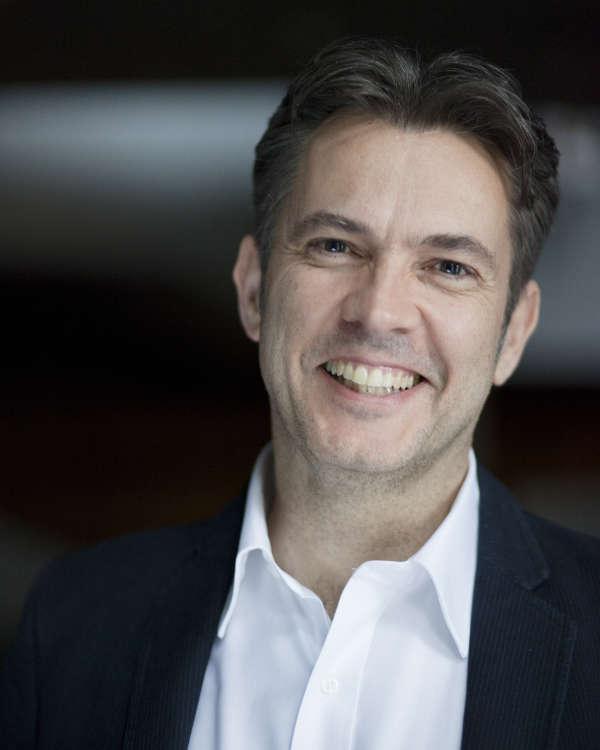 GMD Justin Brown (Foto: Felix Grünschloß)