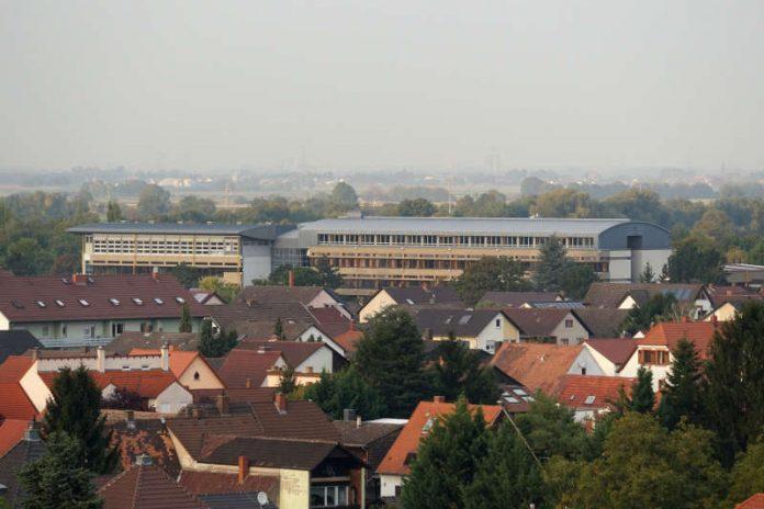 Hannah-Arendt-Gymnasium Haßloch (Foto: Holger Knecht)