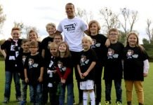 Timothy Chandler übernimmt die Schirmherrschaft für die kleinsten Eintracht-Anhänger. (Foto: Eintracht Frankfurt)