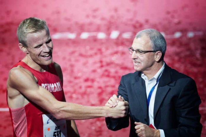 Renndirektor Jo Schindler (rechts) voller Vorfreude auf die nächste Auflage des Mainova Frankfurt Marathon (Foto: Mainova Frankfurt Marathon)