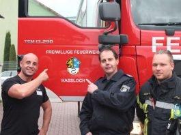Clubbesitzer Andreas Czok, Wehrleiter Marco Himmighöfer und Feuerwehrmann David Giesler (Foto: Feuerwehr Haßloch)