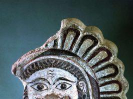 Gorgonenkopfantefix aus Capua (Foto: Archaeologisches Museum Frankfurt)