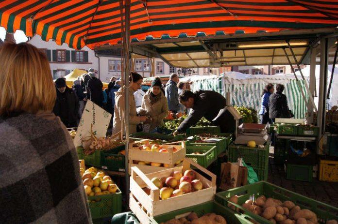 Bauern- und Kunsthandwerkermarkt (Foto: WEG NW)