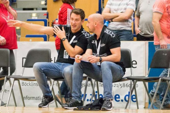 Ben Matschke (links) mit Co-Trainer Frank Müller (Foto: Harry Reis)