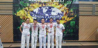 Bei der diesjährigen Capoeira Deutsche Meisterschaft in Stuttgart gab's Gold (Foto: Capoeira Karlsruhe e.V.)