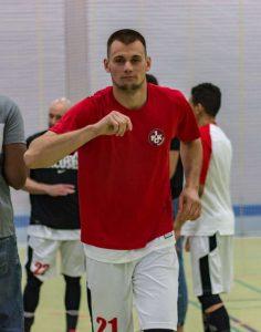 Ging gut gelaunt als Matchwinner vom Platz: Waldemar Nap (21) (Foto: Michael Schmitt)