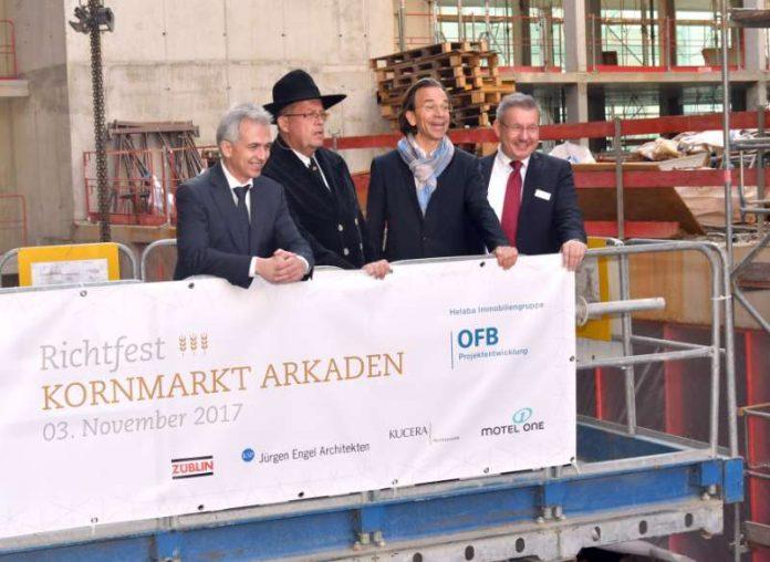 Richtfest für die Kornmarkt Arkaden (Foto: Rainer Rüffer)