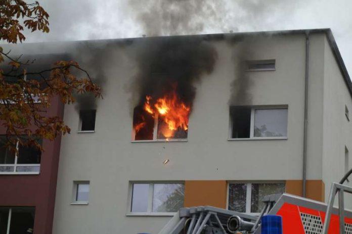 1 Person wurde bei dem Brand verletzt (Foto: Feuerwehr Wiesbaden)
