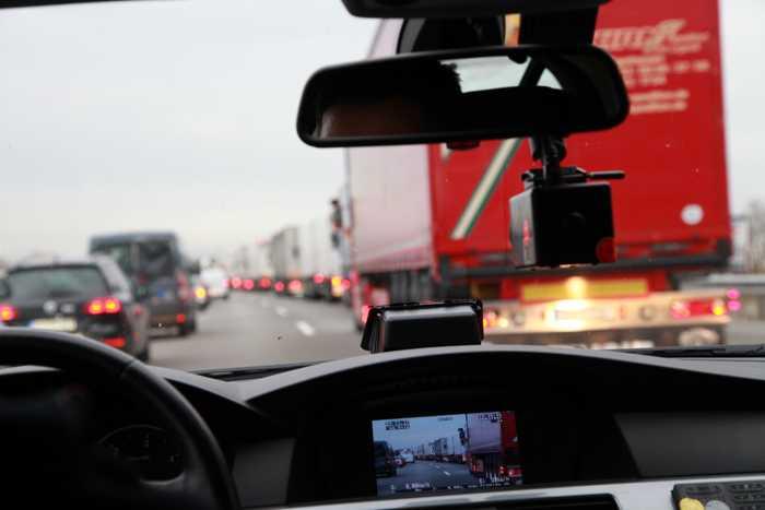 Die Videoanlage dokumentiert in Zukunft auch die Rettungsgasse-Verstöße