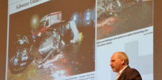 """""""Die Versorgung Schwerverletzter ist eine Aufgabe, für die viele Einsatzkräfte gut zusammenarbeiten müssen"""", betonte OFIRTA-Initiator PD Dr. Harald Genzwürker. (Foto: Michael Genzwürker)"""