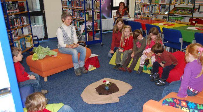 Samstags-Vorlesen (Foto: Stadtbücherei Neustadt)