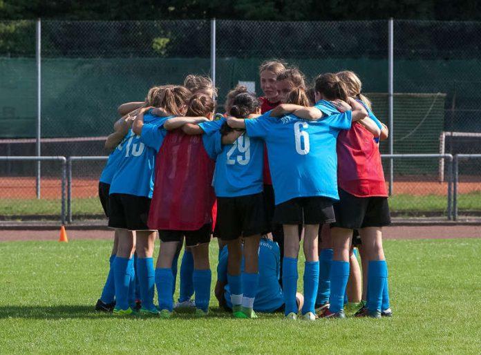 Mädchenfußball beim PSV (Foto: PSV/Paul Needham)