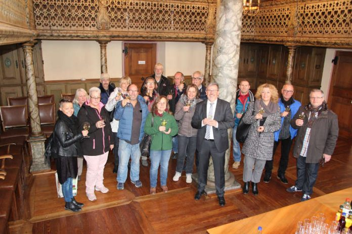 Die 18-köpfige Delegation und OB Eger (Foto: Stadt Speyer)