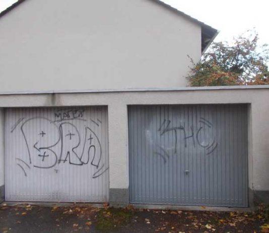 Wer hat etwas beobachtet - Hinweise an die Polizei in Neustadt