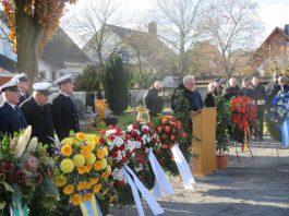 Bürgermeister Lothar Lorch bei seiner Rede (Foto: Gemeindeverwaltung Haßloch)