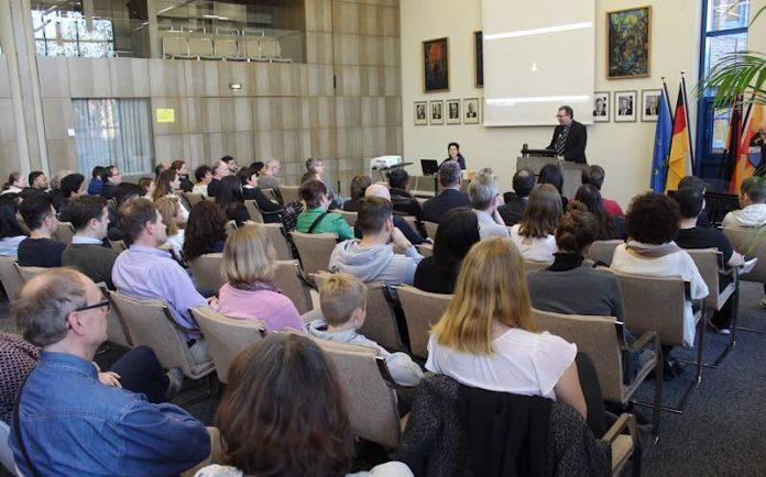 51 Menschen Würden eingebürgert (Foto: Kreisverwaltung Rhein-Pfalz-Kreis)