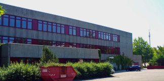 Die Realschule plus im Alfred-Grosser-Schulzentrum Bad Bergzabern. (Foto: Kreisverwaltung Südliche Weinstraße)