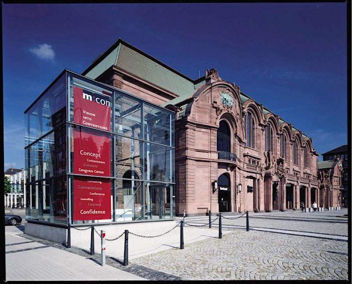 Das Kongresszentrum Rosengarten mitten in der Stadt (Foto: Stadt Mannheim)