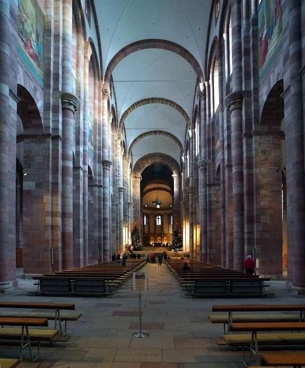 Im Dom zu Speyer (Foto: Holger Knecht)