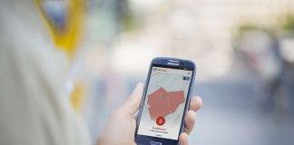 KATWARN-Warnung auf Smartphone (Foto: Matthias Heyde/ Fraunhofer FOKUS)