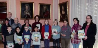 Mit dem neuen Entdeckerheft können junge Besucherinnen und Besucher lebendig das Stadtmuseum in der Villa Böhm erkunden. (Foto: Rolf Schädler)