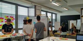 Studierende der Bachelorstudiengänge International Management und Wirtschaftsingenieurwesen erarbeiten Digitalisierungsstrategie für Unternehmen (Foto: Katharina Schmidt)