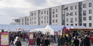 Über den Tag verteilt feierten rund 13.000 Besucherinnen und Besucher das Heidelberger Bürgerfest auf dem Gadamerplatz und der Pfaffengrunder Terrasse in der Bahnstadt. (Foto: Philipp Rothe)