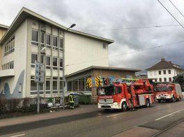Kleinbrand im Hallenbad - Ralf Mittelbach - Feuerwehr Weinheim