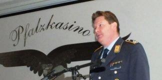 Rede von Oberstleutnant Martin Hess (Foto: Frank Wiedemann)
