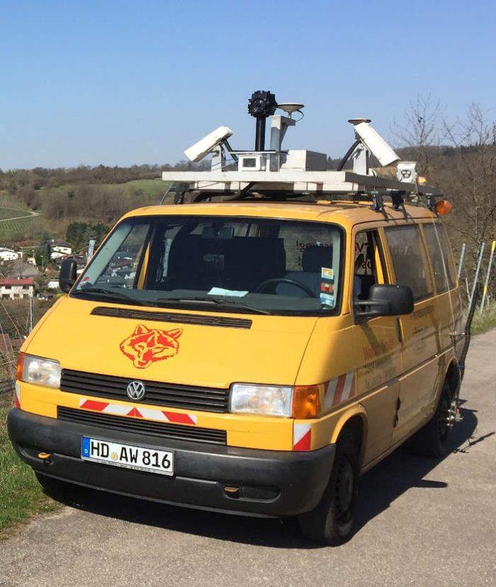 Ein Messfahrzeug wird für den barrierefreien Routenplaner die Daten von Straßen und Gassen in der Altstadt und in Bergheim erfassen. (Foto: Streetguard GmbH)