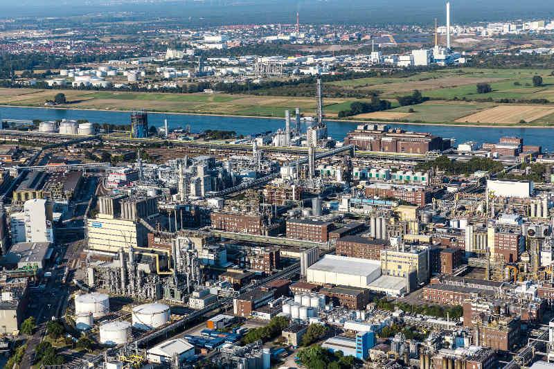 BASF-Stammwerk in Ludwigshafen (Foto: BASF SE)