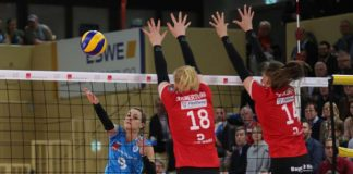 21 Punkte gehen auf das Konto von Dora Grozer (links) (Foto: Detlef Gottwald)