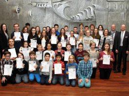 """Jugend forscht"""" und """"Schüler experimentieren"""""""