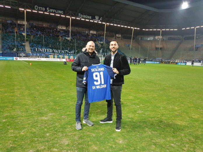 v.l.: SVW-Geschäftsführer Markus Kompp und Gianluca Siciliano (Foto: SVW)