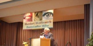 "Platz 3 in der Kategorie Prosa erhielt Hermann Josef Settelmeyer aus Lingenfeld mit ""De Parrer Guscht, sei Susi un de Zölibat"" (Foto:Verbandsgemeinde Dannstadt-Schauernheim)"
